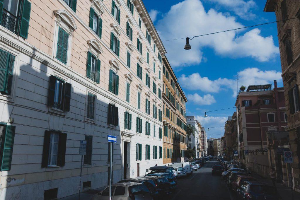 イタリア、こんなに近かったっけ?