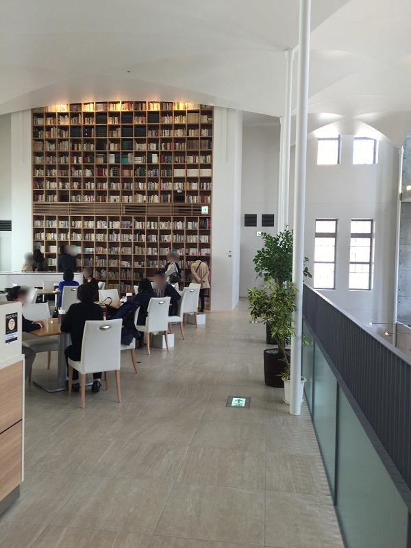 北菓楼 札幌本店 |歴史的建造物を使ったモダンなカフェ&店舗 本店限定スイーツもあり。【札幌グルメ】