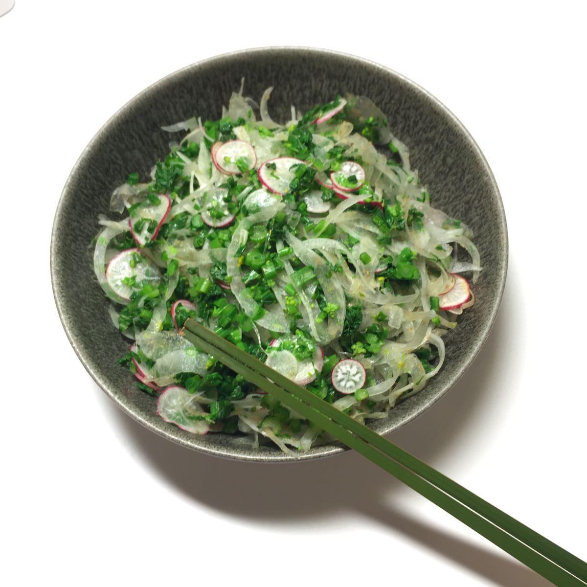 なばな・新玉ねぎのサラダ 直売所で買った新鮮野菜で作る簡単レシピ