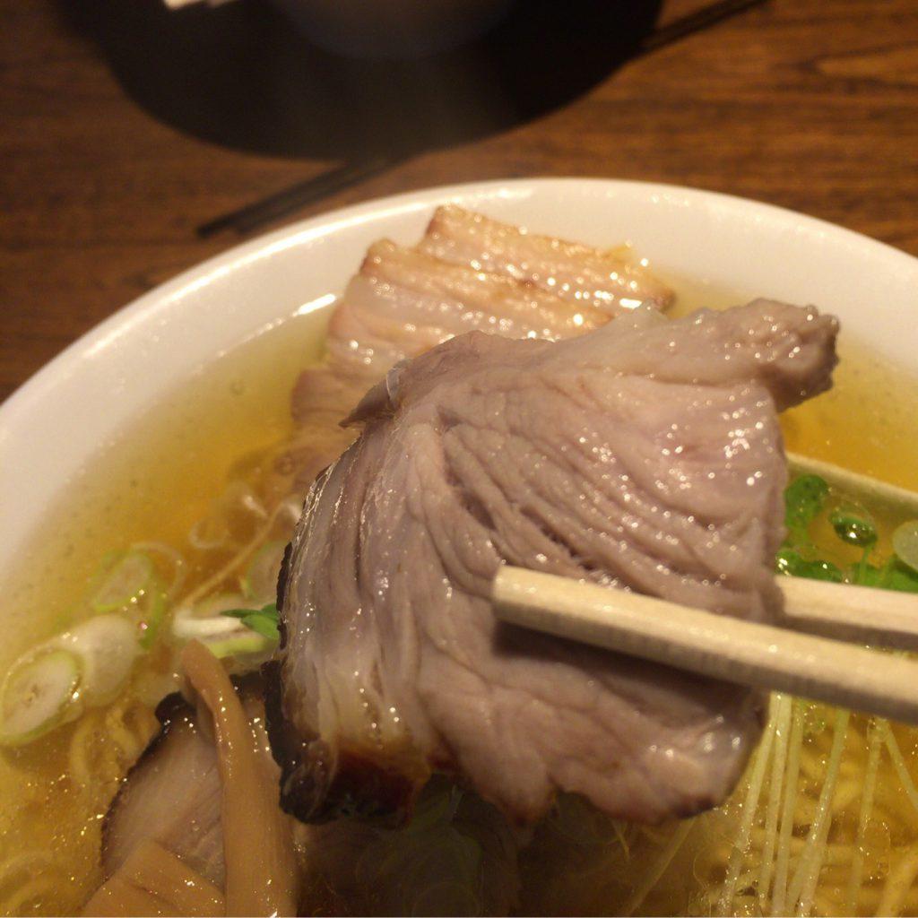 「中華そば カリフォルニア」 あっさり煮干しのスープが嬉しい、行列の出来るラーメン屋さん 【札幌 菊水】