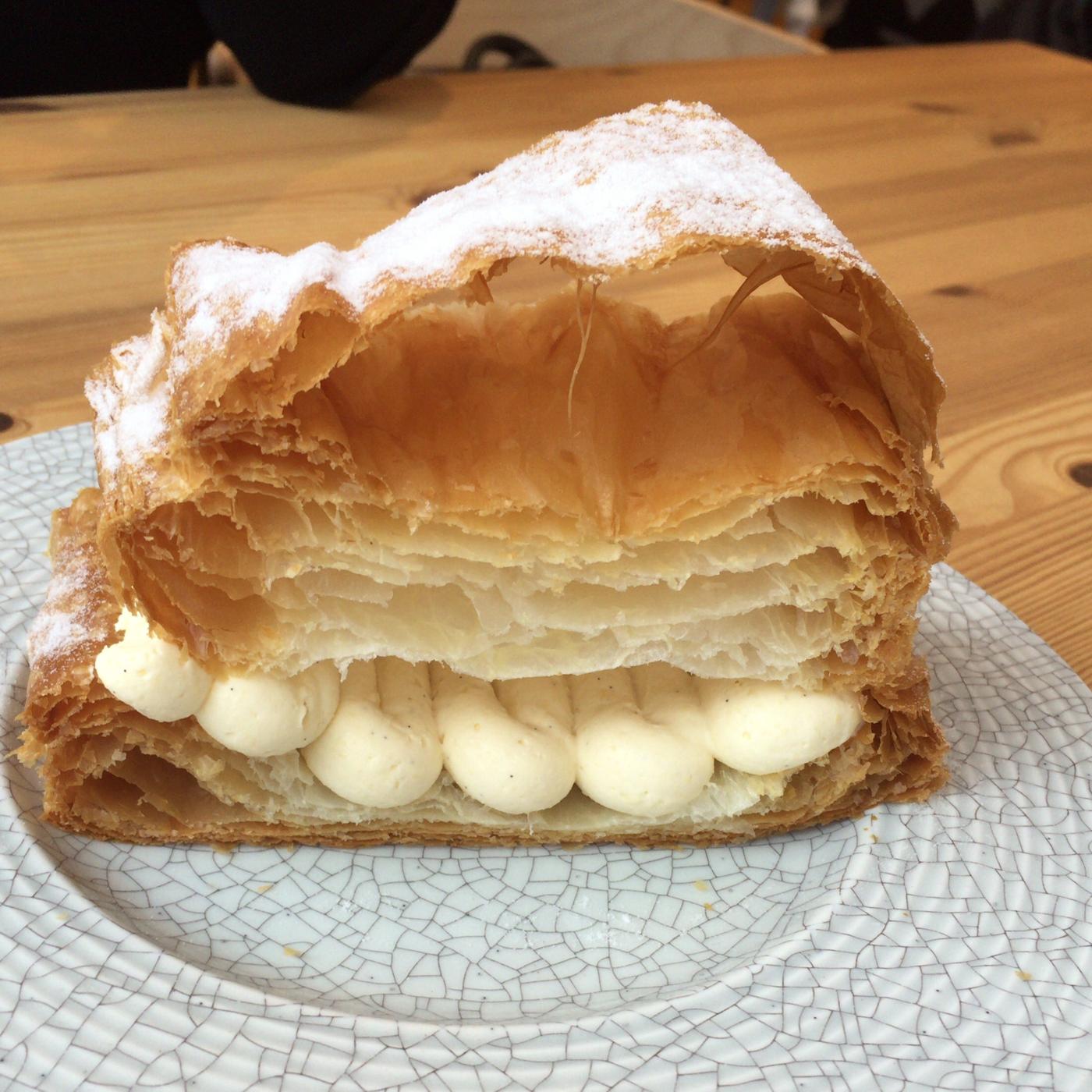 駅前エリアで、繊細なパイを味わいながらゆっくりした時間が過ごしたいなら。Moliere Cafe 降っても晴れても 【札幌駅前 カフェ】