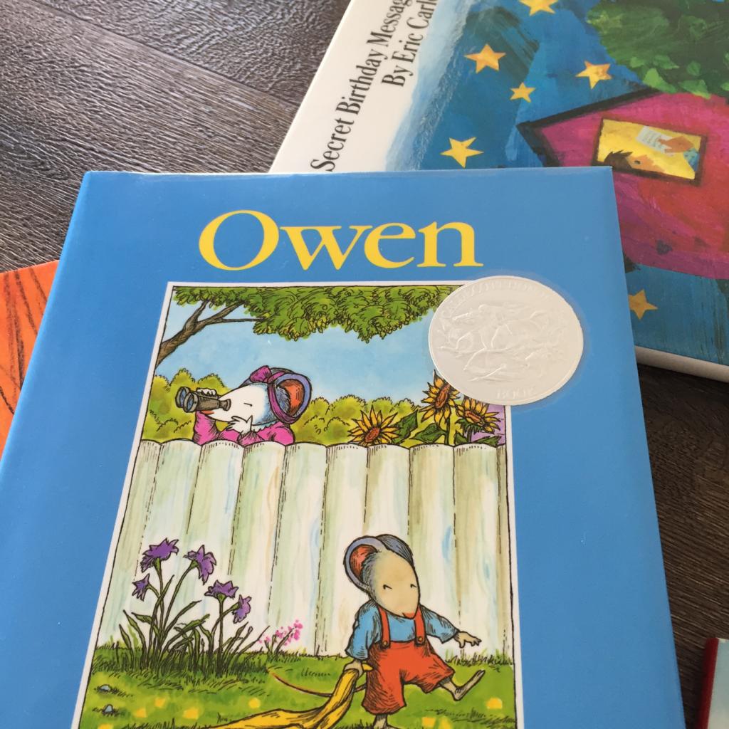 """""""Owen"""" 「いつもいっしょ」 (ケヴィン・ヘンクス:著)毛布を手放せない子に読んであげたい英語絵本"""